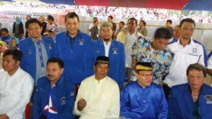 Paslon SBM-JiTu, bersama Pengurus Parpol Pendukung.