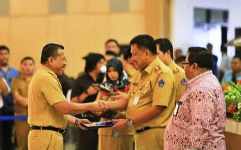 Bupati Bolmut Terima DIPA 2018