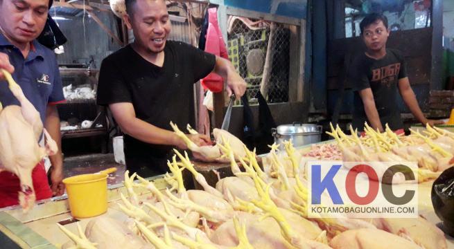 H-1 Idul Adha Harga Daging Ayam Melonjak
