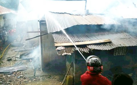 Kebakaran Terjadi Di Desa Bilalang II, 1 Rumah dan 1 Sepeda Motor Hangus Terbakar