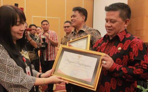 Pemerintah Kotamobagu Raih Penghargaan Keterbukaan Informasi Publik