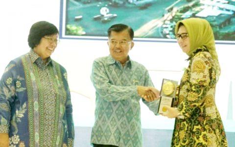 Wali Kota Terima Piala Adipura ke 5 Dari Kementerian Lingkungan Hidup