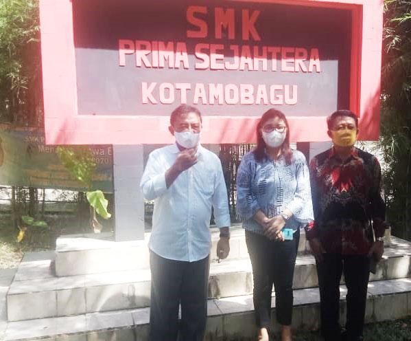 Kunjungan Kabid SMK DIKDA SULUT di SMK Prima Sejahtera Kotamoagu